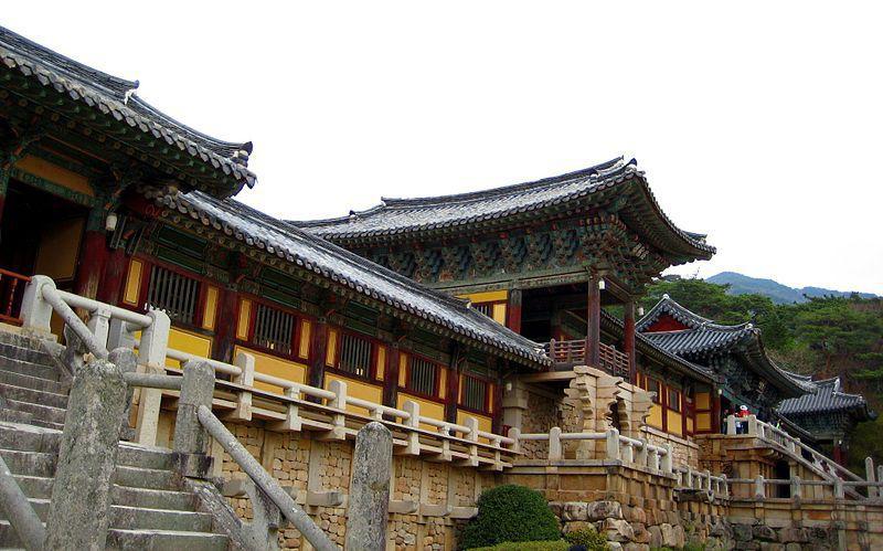 Regensburger Schülerin darf zum Schüleraustausch nach Korea - obwohl sie ein Mädchen ist!