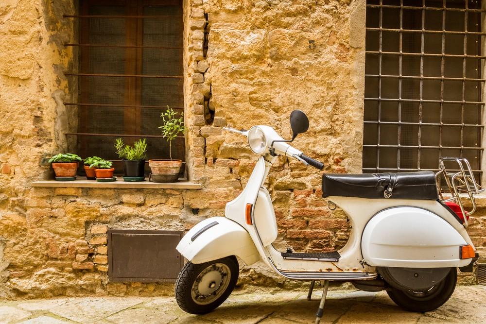 Nur mit meinem Anwalt - Jeden Tag eine andere Vorschrift - So funktionieren Geschäfte in Italien